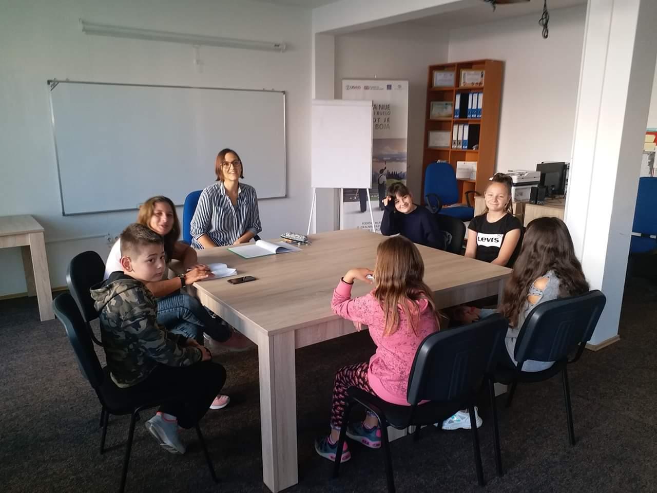 Besplatni kursevi u Omladinskom centru Bugojno
